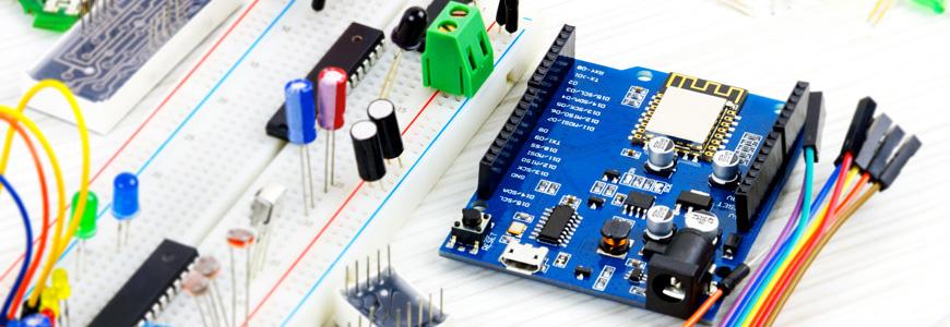 Arduino 互換の開発支援プラットフォームを動かしてみようの画像